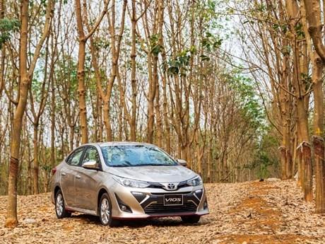 Bajan las ventas de automoviles en Vietnam durante los primeros siete meses hinh anh 1