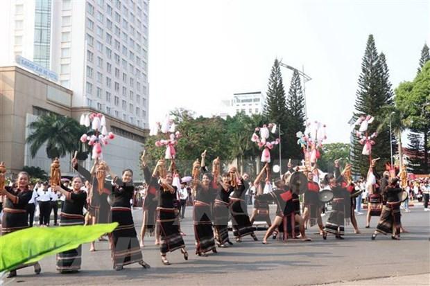 Suspenden Festival de Cafe de Buon Ma Thuot 2021 hinh anh 1