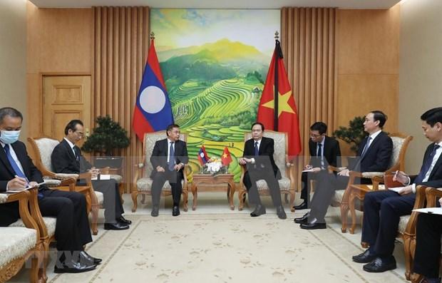 Corroboran cooperacion entre alianzas politico-sociales de Vietnam y Laos hinh anh 1