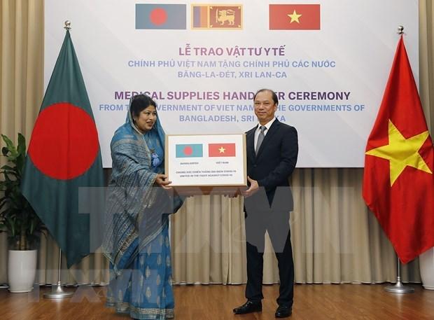 Ofrece Vietnam insumos medicos a Bangladesh y Sri Lanka hinh anh 1