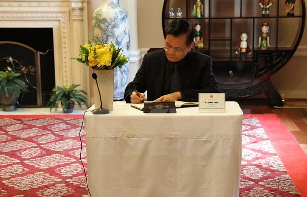 Rinden tributo postumo a Le Kha Phieu en ONU, Estados Unidos y Canada hinh anh 1