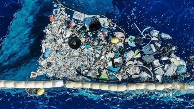 Ordena premier de Vietnam una gestion mas estricta de los residuos plasticos hinh anh 1