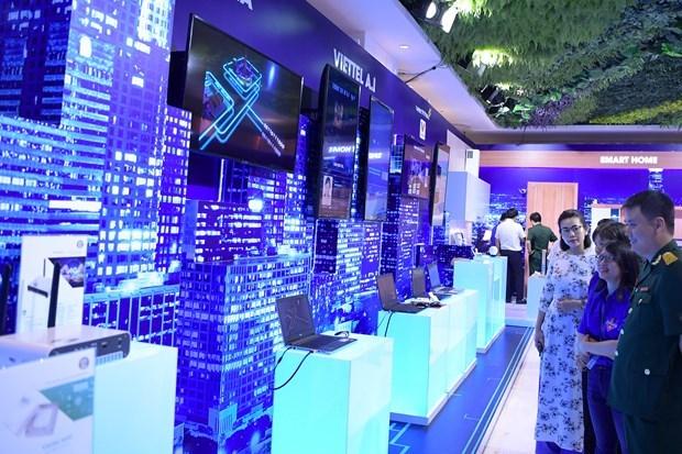 Empresa vietnamita continua mejorando servicios de telecomunicaciones hinh anh 1