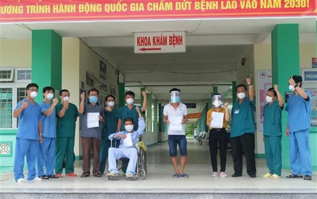 Recuperados cuatro pacientes del COVID-19 en ciudad de Da Nang hinh anh 1