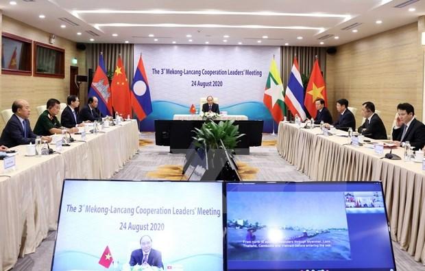 Premier vietnamita asiste a tercera reunion de lideres de Cooperacion Mekong-Lancang hinh anh 1