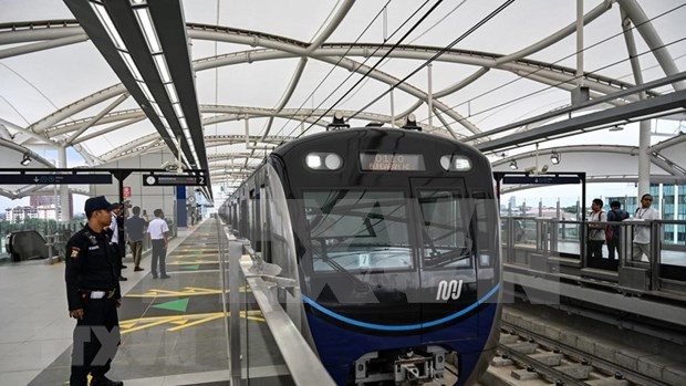 Filipinas destina fondo multimillonario para renovar sistema ferroviario hinh anh 1