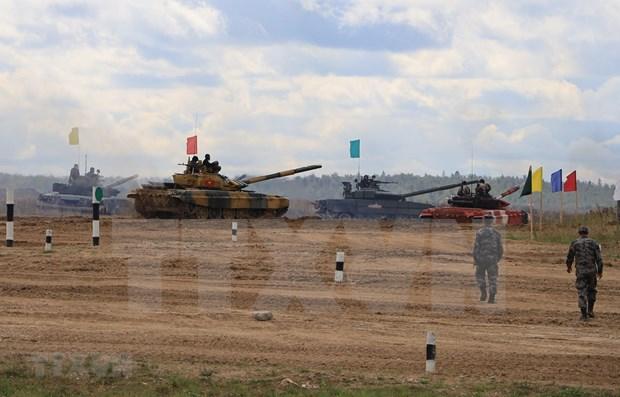 Vietnam accede a la final de Biatlon de Tanques en los Juegos Militares Internacionales 2020 hinh anh 1