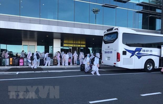 Repatrian a 350 ciudadanos vietnamitas desde Japon hinh anh 1