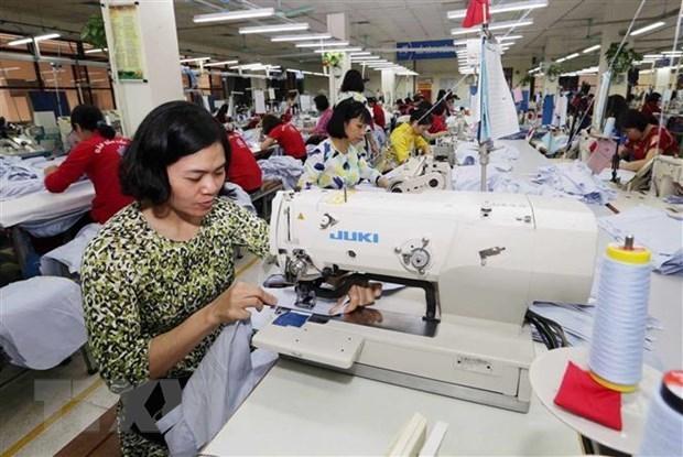 Disminuyen actividades manufactureras de Vietnam en agosto hinh anh 1