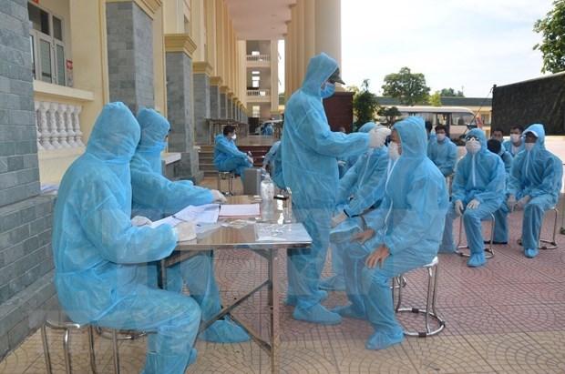 Vietnam cierra la tarde con tres nuevos casos de COVID-19 importados hinh anh 1