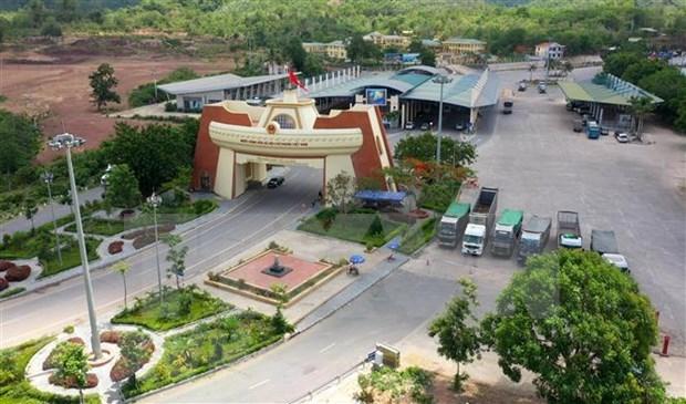 Intensifican apoyo a empresas vietnamitas para exportar productos a Laos hinh anh 1