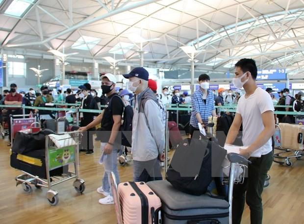 Vietnam Airlines regresan unos 400 ciudadanos vietnamitas de Corea del Sur hinh anh 1