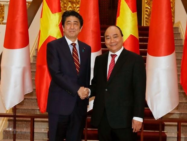 Nuevo gobierno de Japon mantendra politica diplomatica hacia Vietnam hinh anh 1