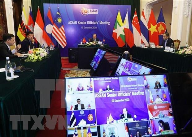 ASEAN firme en acelerar construccion de Comunidad conjunta y responder a desafios emergentes hinh anh 1