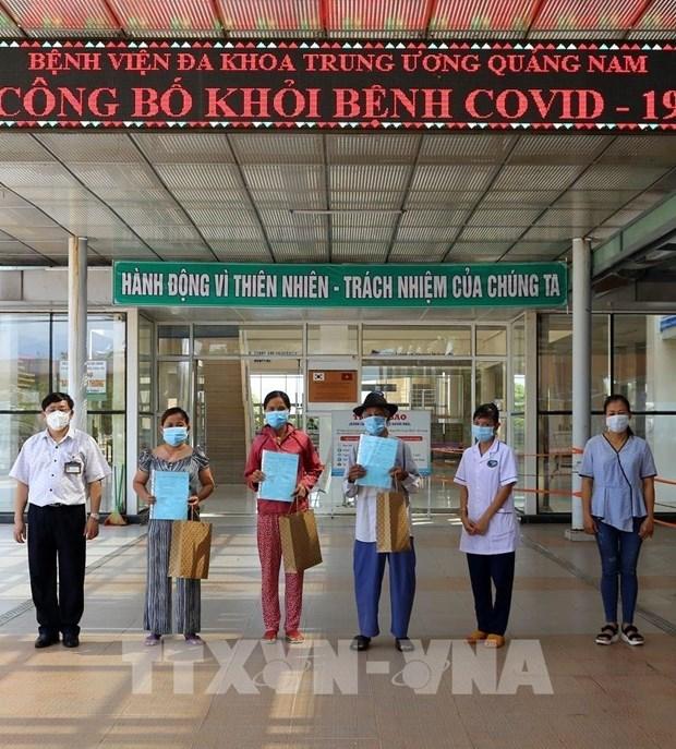 COVID-19: Reciben alta medica cinco pacientes del COVID-19 en Vietnam hinh anh 1