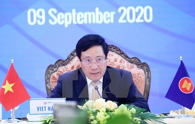 Avanzan relaciones entre ASEAN y China, Japon, Corea del Sur hinh anh 1
