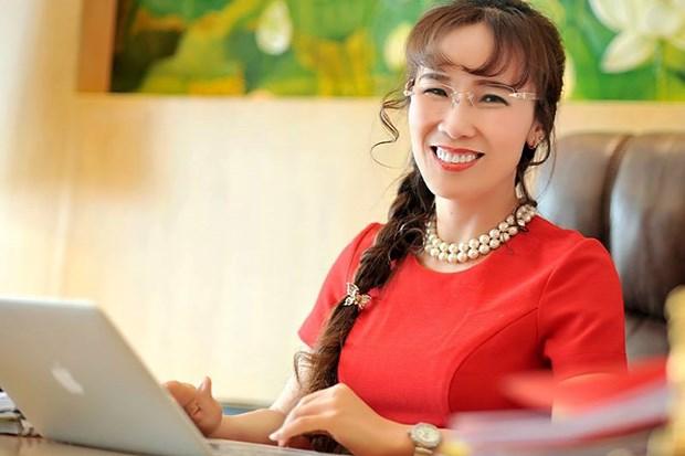 Directora ejecutiva de Vietjet entre las 100 personas que transforman los negocios en Asia hinh anh 1