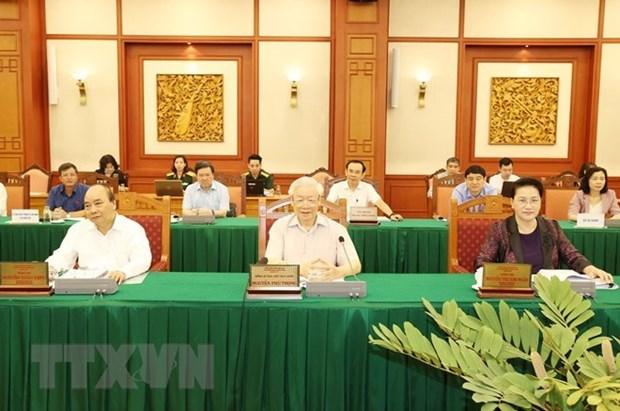 Maximo dirigente de Vietnam ordena preparativos meticulosos para XI Congreso partidista del Ejercito hinh anh 1