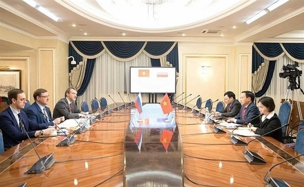 Parlamentario ruso destaca posicion de Vietnam en la ASEAN hinh anh 1
