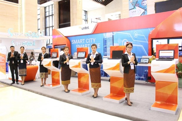 Empresa Unitel de Vietnam reconocida por sus contribuciones a la transformacion digital de Laos hinh anh 1