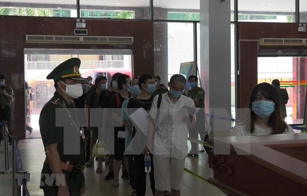 Vietnam repatria a 113 ciudadanos chinos que entraron ilegalmente al pais hinh anh 1