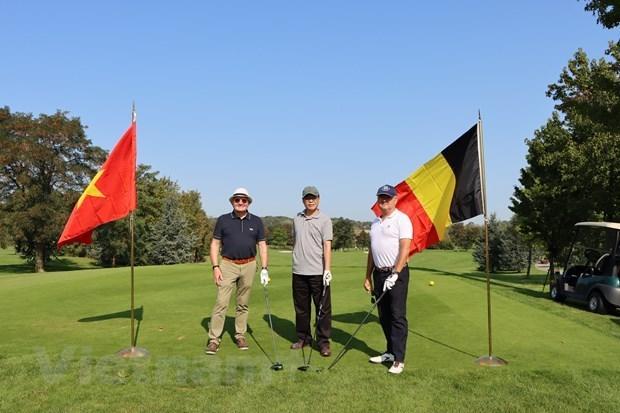 Efectuan en Belgica torneo de golf para apoyar a victimas vietnamitas del agente naranja hinh anh 1