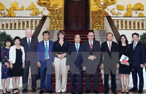 Primer ministro de Vietnam promete facilitar la inversion de empresas europeas hinh anh 1