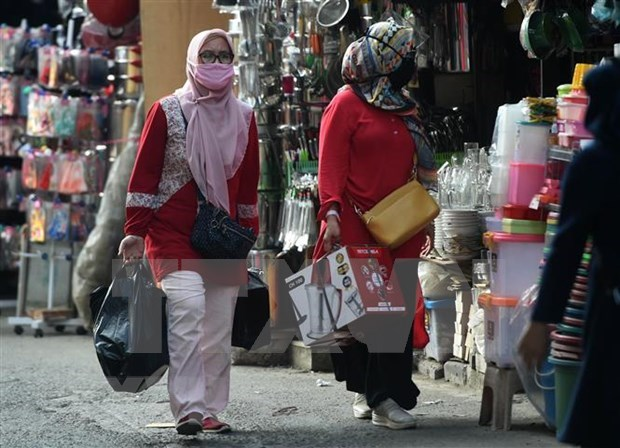 Indonesia logra superavit comercial en agosto hinh anh 1