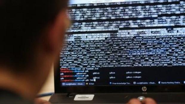 Malasia arresta a sospechosos de ciberataques hinh anh 1