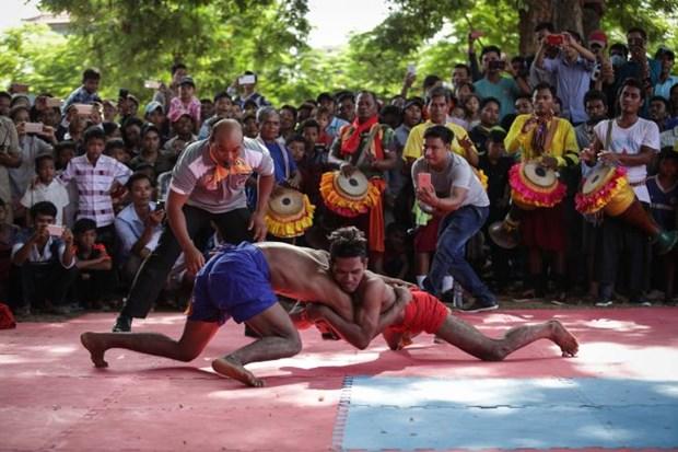 Camboya recibe a mas de 1,11 millones de visitantes durante Festival Pchum Ben hinh anh 1