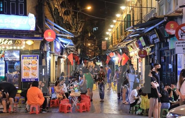 Hanoi promueve ocio nocturno para dinamizar el turismo local hinh anh 1