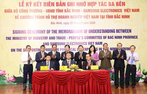 Samsung Electronics firma memorando para apoyar a empresas vietnamitas hinh anh 1