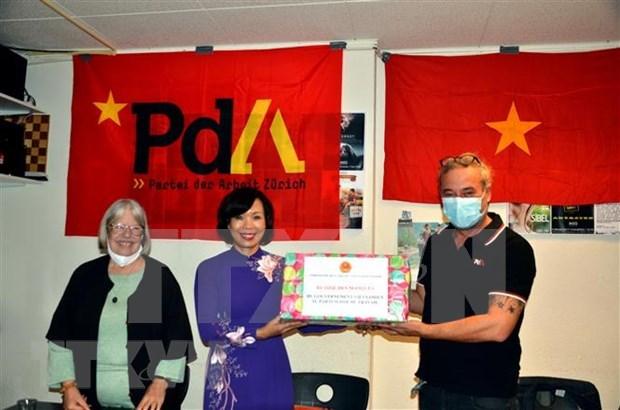 Destacan en Suiza desarrollo de relaciones y cooperacion con Vietnam hinh anh 1