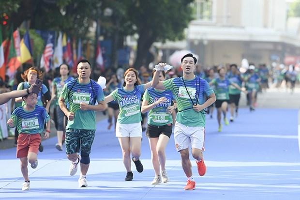 Siete mil personas se inscriben en Maraton VPBank Hanoi ASEAN 2020 hinh anh 1