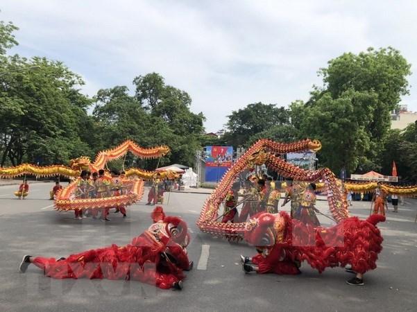 Celebraran Festival de Danza de Dragon para conmemorar aniversario 1010 Thang Long- Hanoi hinh anh 1