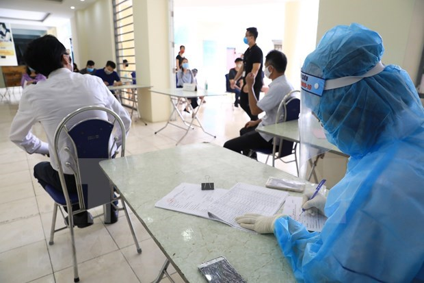 Vietnam detecta cinco nuevos casos importados del COVID-19 hinh anh 1