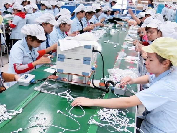 Inversiones extranjeras directas en Vietnam se centran en industria de procesamiento y manufactura hinh anh 1