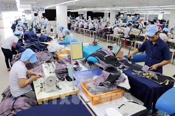 Exportaciones textiles de Vietnam a la Union Economica Asiatica en peligro de superar el umbral especificado hinh anh 1