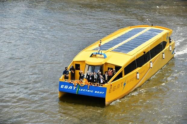 Tailandia desarrolla mototaxis y barcos electricos hinh anh 1