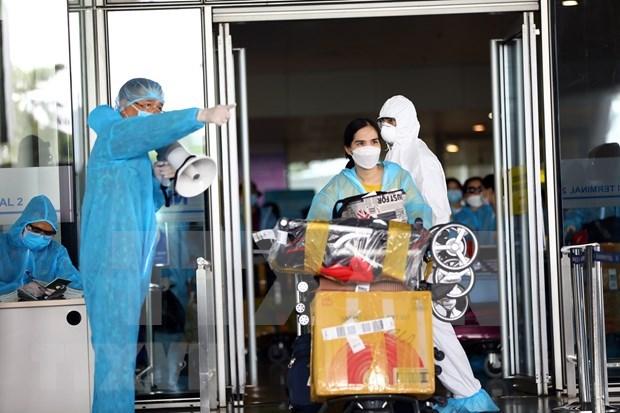 Vietnam reporta tres casos nuevos importados del COVID-19 hinh anh 1