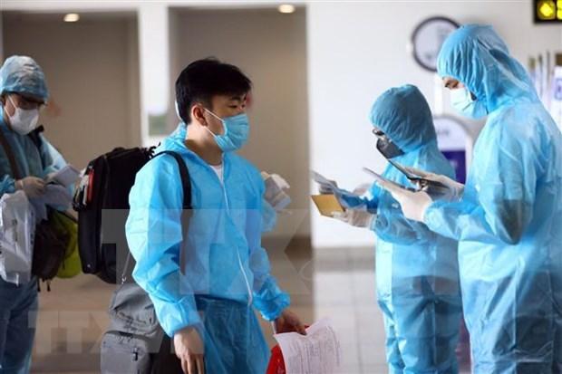 COVID-19: Mas de mil pacientes recuperados en Vietnam hinh anh 1