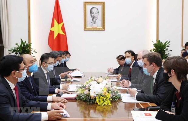 Premier de Vietnam respalda cooperacion energetica con Reino Unido hinh anh 1