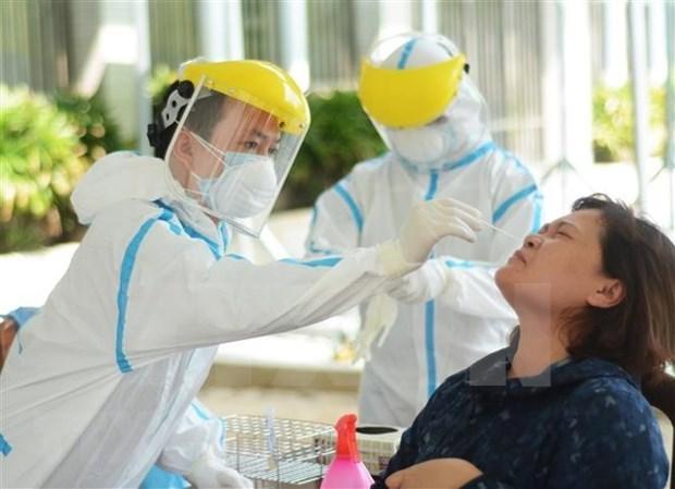 Recuperados mil 22 pacientes de COVID-19 en Vietnam hinh anh 1