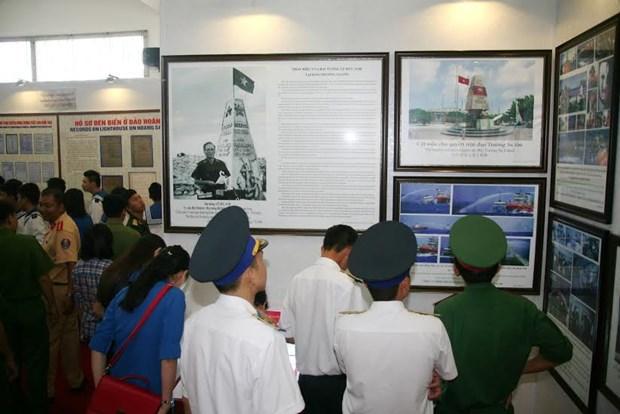 Exhiben documentos de evidencias historicas y legales de soberania vietnamita sobre Hoang Sa y Truong Sa hinh anh 1