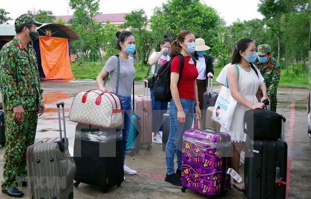 Vietnam suma mil 99 casos positivos del COVID-19 hinh anh 1