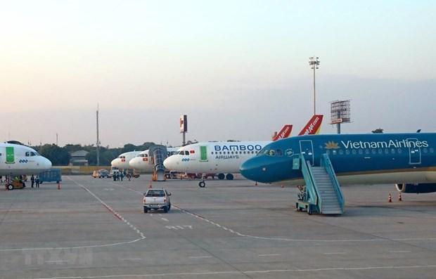 Reprograman aerolineas vietnamitas vuelos nacionales por tifon Linfa hinh anh 1