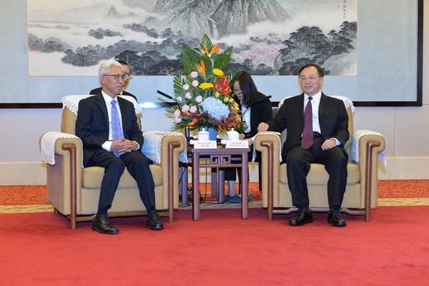 Buscan fomentar cooperacion entre localidades vietnamitas y provincia china hinh anh 1