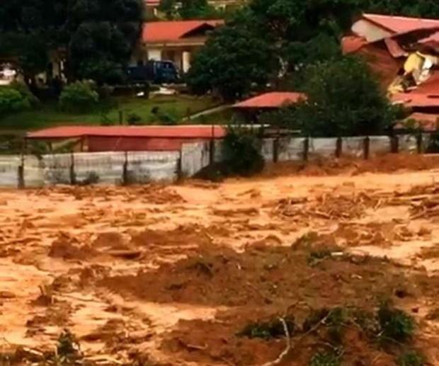 Confirmado: 22 oficiales y soldados desaparecidos por deslave en provincia centrovietnamita hinh anh 1