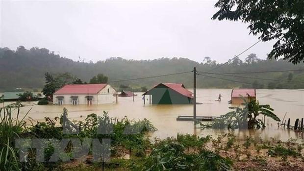 Al menos 84 muertos por inundaciones en el centro de Vietnam hinh anh 1