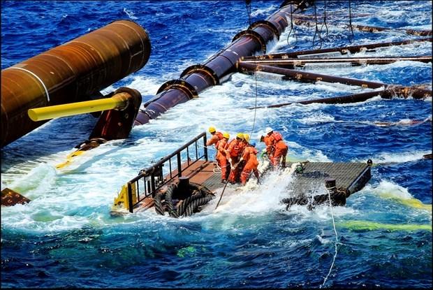 Alcanza PetroVietnam resultados alentadores en los primeros ocho meses hinh anh 1